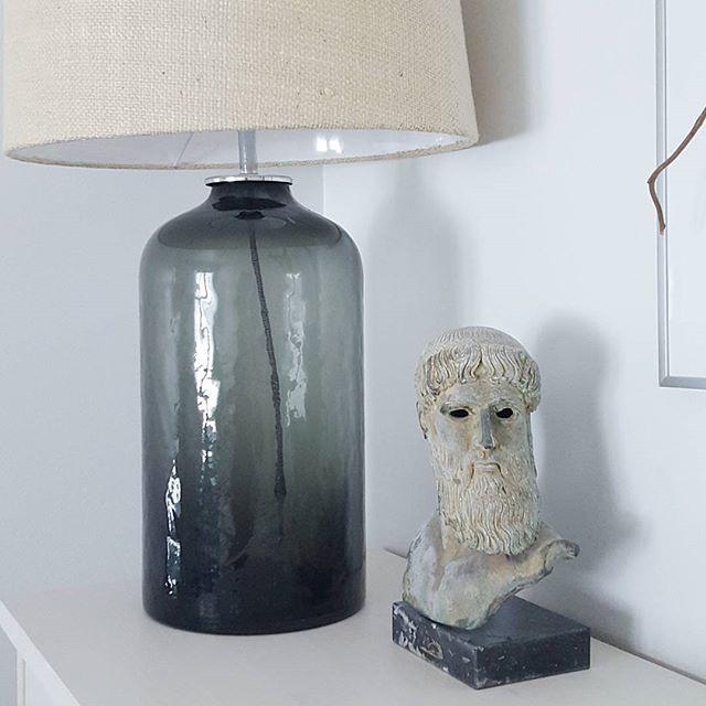 Glass bottle inspired table lamp Patrizia | By Sessak  #sessak #sessaklighting #luminaire #patrizia #bysessak #tablelamp #pöytävalaisin #bordsarmatur #finnishdesign #nordiskehjem #interiorinspiration #interior_design #interiordesign #inspiroivakoti #etuovisisustus #sisustus #sisustusinspiraatio #scandinaviandesign #scandinavianhome #interior2you #interior123 #interieur  Photo by @lukindae