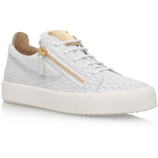 Giuseppe Zanotti Croc Print Low Top Sneakers (2.140 BRL) ❤ liked on Polyvore featuring shoes, sneakers, croco shoes, crocs sneakers, crocodile sneakers, giuseppe zanotti shoes and giuseppe zanotti trainers