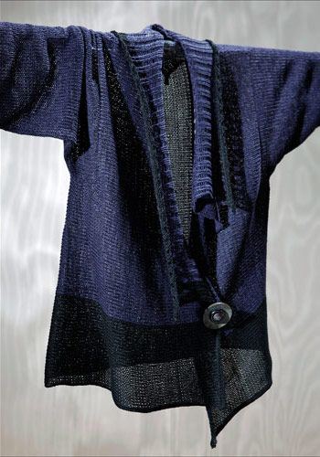 - idea for taking a top and adding a knit collar from another piece and some other fabric to make an altered top