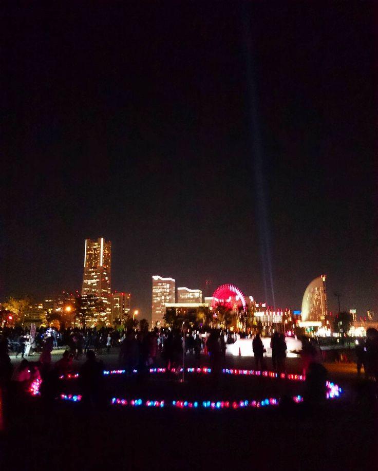 去年より地味かも #横浜 #みなとみらい #象の鼻パーク #スマートイルミネーション #空 #夜 #夜空 #夜景 #雲 #風景 #ダレカニミセタイソラ #写真好きな人と繋がりたい #空好きな人と繋がりたい #illustration #lightup #object #night #nightsky #nightview #nightscene #instagram #japan #yokohama #landscape #sky #skylovers #skyporn #igers #igersjp #photooftheday