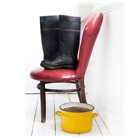 Yellow Pot. Black Boots styling @theurbanshowroom