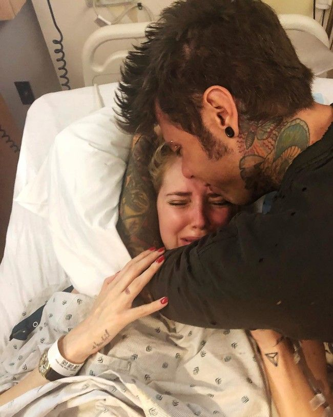 Chiara Ferragni and Fedez, the kings of the USSR, welcome their first child to the world and flood Instagram with their photographs