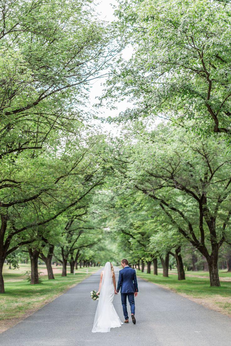 canberra arboretum wedding photography0032 - Dunrossil Drive Yarralumla