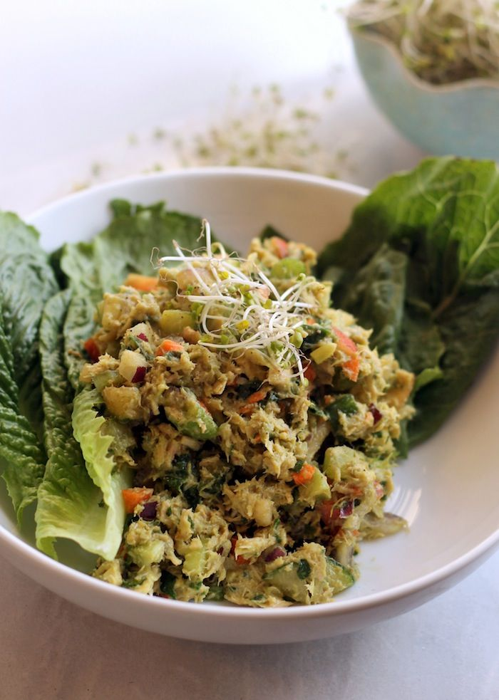 http://www.popsugar.com/fitness/Loaded-Veggie-Avocado-Tuna-Salad-37003565