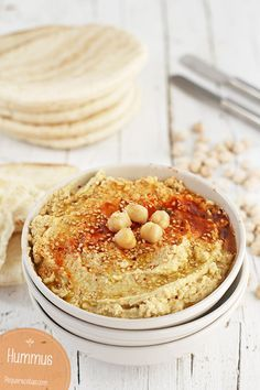 Hummus , Cómo hacer hummus en casa, una receta muy sencilla de hacer y perfecta para compartir en una mesa tanto con amigos como en familia.