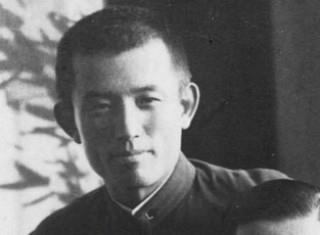 詩人、尹東柱(ユン・ドンジュ)は、1945年 2月16日、戦争末期、福岡刑務所で獄死しました。満27歳。治安維持法違反がその罪状でした。 Yun Dongju。 윤동주
