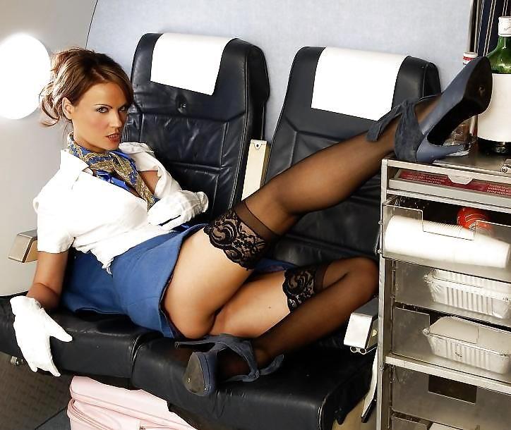 Развратная стюардесса смотреть ролик