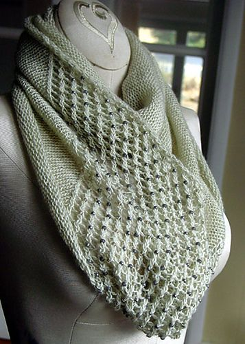 Free Knitting Patterns For Scarves With Beads : 1000+ ideas about Knit Scarves on Pinterest Hand knit scarf, Cowls and Knit...