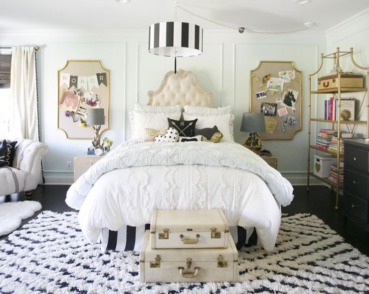 Room By Emily And Merritt For Pottery Barn Teen Girl Bedroomsteen
