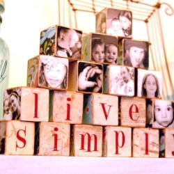 Tutorial on how to make these cute picture blocks  http://www.totalartsoul.com/myblog-admin/gift-ideas-for-poor-creative-souls-9.html