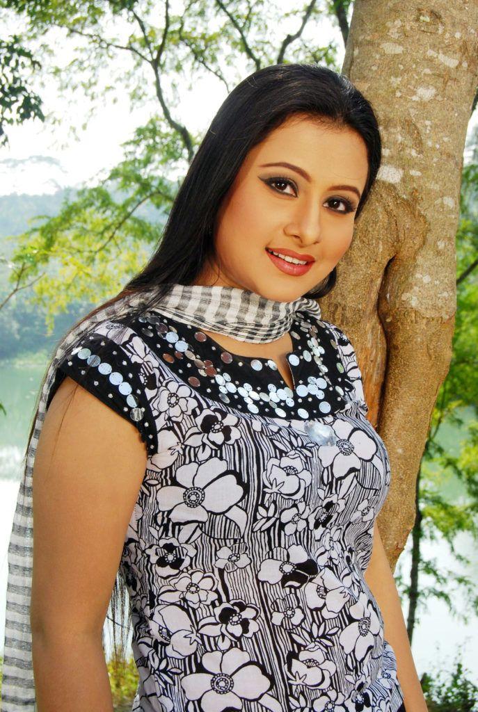 Bangla actress beauty Dilara Hanif Purnima   Bangladeshi