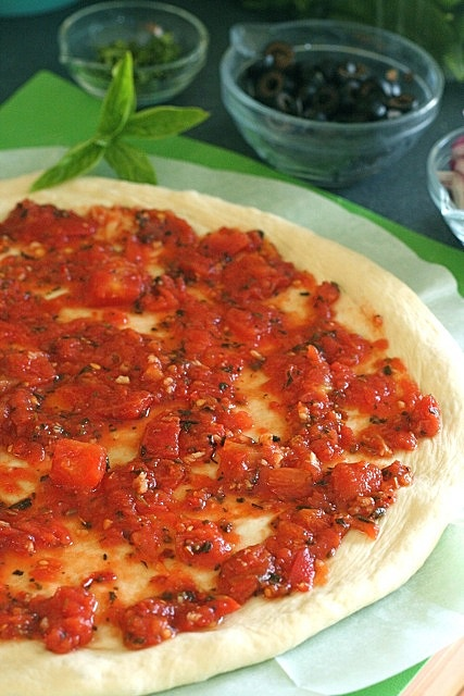 pizza sauce by annieseats, was good and a little spicy-- next time reduce olive oil and red pepper flakes by half