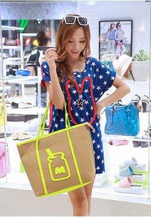 let's shop here : Bottle Print Bag