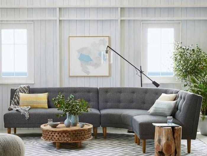 salon-chic-de-couleur-gris-canapé-d-angle-arrondi-gris-tapis-blanc-gris-meubles-de-salon