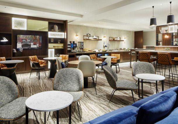 London Marriott Hotel Regents Park NW3 M Club Lounge