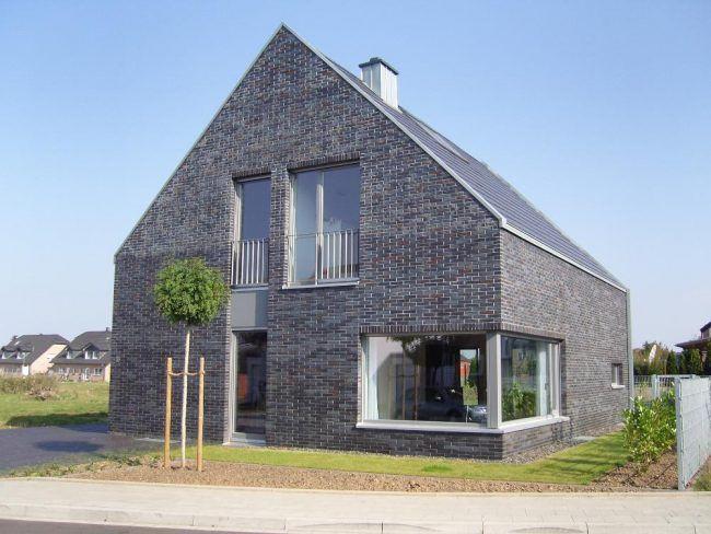 Серо -коричневые тона баварской кладки создадут эксклюзивный экстерьер вашего жилища