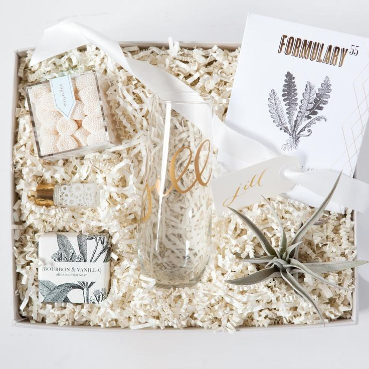 best bridesmaid gifts, curated bridesmaid gift boxes, luxury bridesmaid gifts, bridesmaid proposals