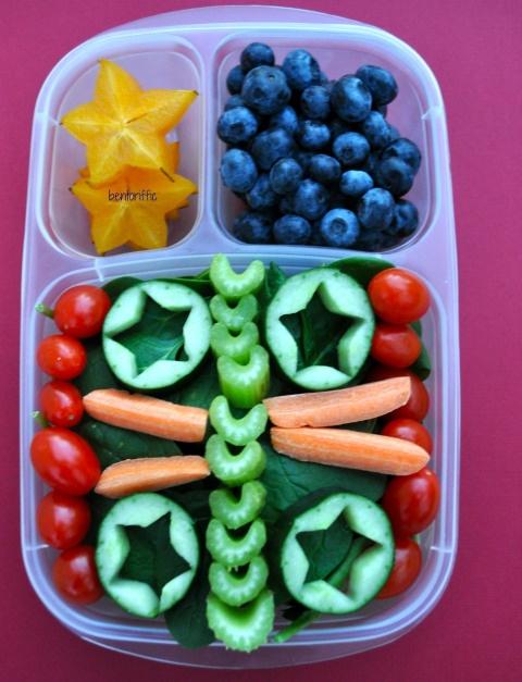 Bentoriffic spinach & stars #salad bento  #EasyLunchboxes