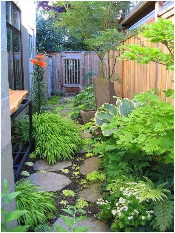 Pin By Kris Mackay On Home Ideas Side Yard Landscaping Small Backyard Landscaping Backyard Landscaping Designs