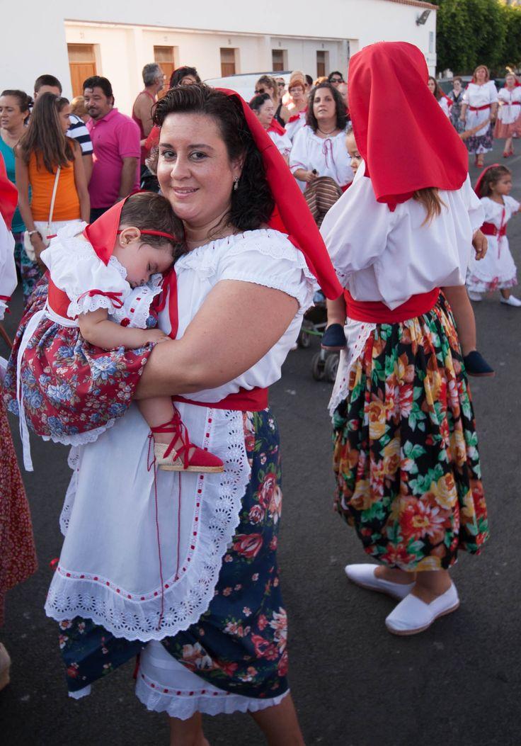 Garrucha for La Virgen del Carmen fiesta, mother and child in traditional costume