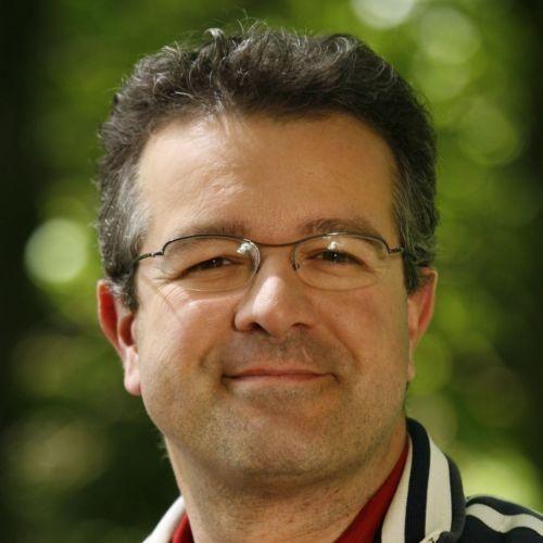 http://berufebilder.de/wp-content/uploads/2015/09/manuel_andrack.jpg Interview mit TV-Star Manuel Andrack: Wandern macht schlau & erfolgreich