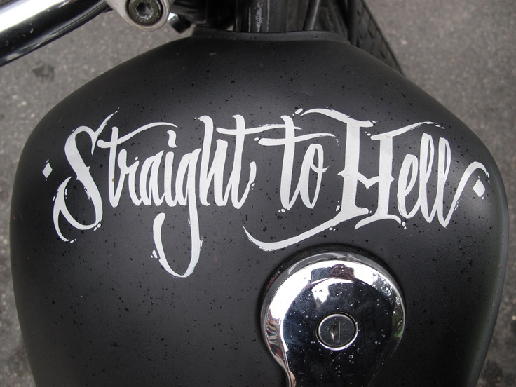 Hand lettering on a motorcycle tank by traditional sign painter, Rcade