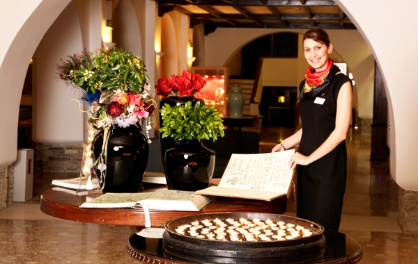 Olga Mouratidou (Guest Relations) @ http://www.eaglespalace.gr/