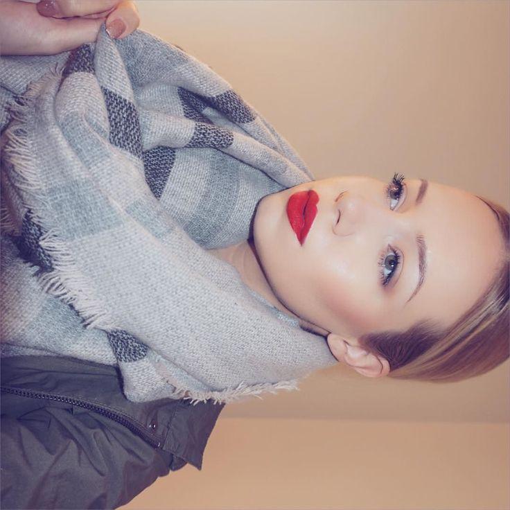 @makeupforeverofficial ultra HD stick foundation @anastasiabeverlyhills contour …