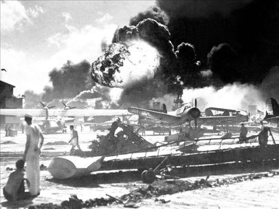 /hickam-field-at-pearl-harbor-1941-photo-f... aeroport de hickam attaque de pearl harbor honolulu 7th dec 1941