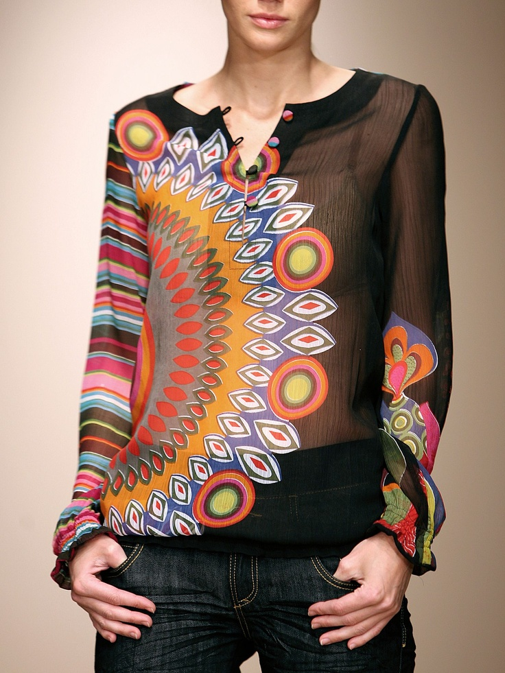 Kleurige blouse ... Luv the style ...