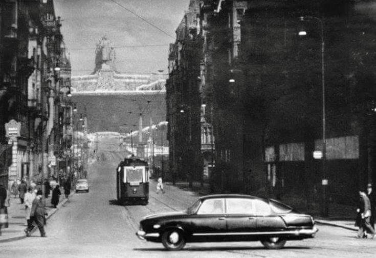 Tatra 603 in Prague, late 1950s