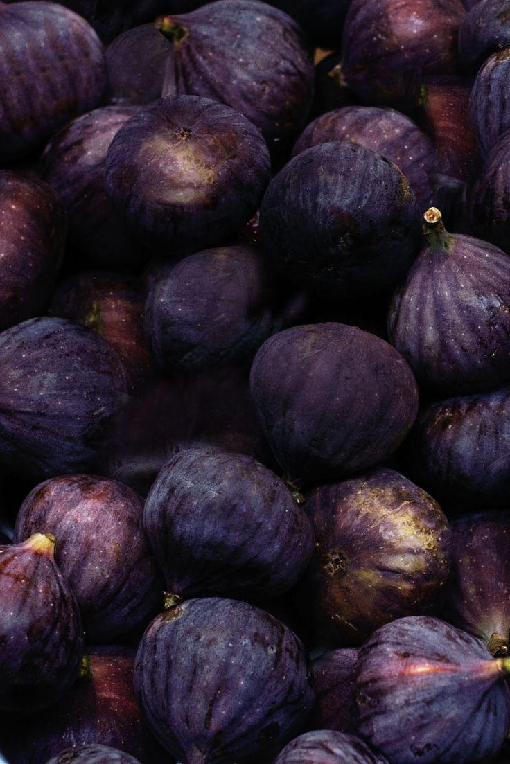 фиолетовые фрукты фото фото звезда предстал