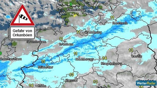 http://www.focus.de/panorama/wetter-aktuell/wetter-aktuell-orkan-felix-wuetet-ski-weltcup-tribuene-verwuestet-zugausfaelle-zugverkehr-beeintraechtigt_id_4395134.html