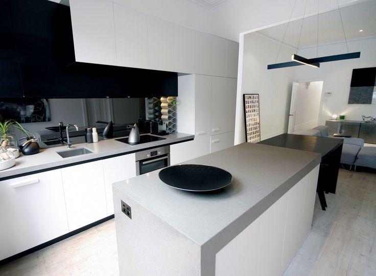2 4030 Oyster™ - Rob Majcen Architects