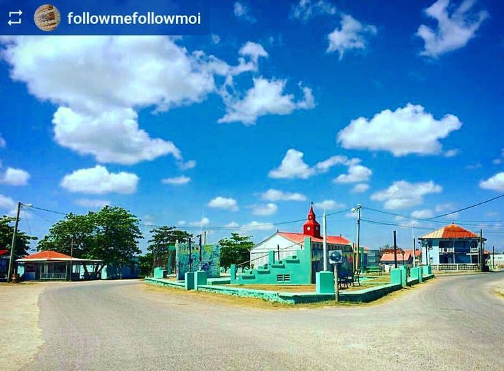 http://OkGoBelize.com  @followmefollowmoi: Another beautiful small town - #Corozal #Belize #ILoveBelize #Travel #CentralAmerica