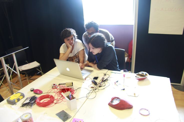 Anaisa, Pablo and Shamim working on some coding! #Interactivosbham