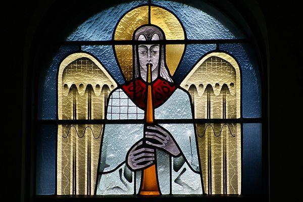 An analysis of esperanza and saint benedictine