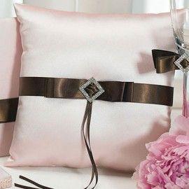 Cioccolato e fragole Crema anello quadrato cuscino
