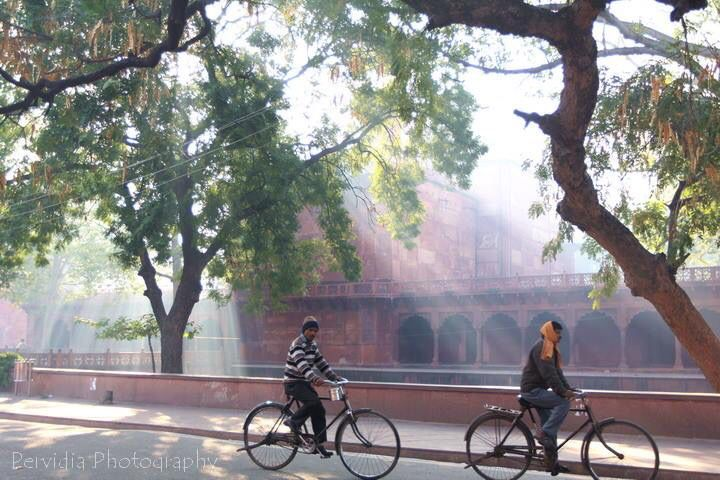 Early morning sun rays at Taj Mahal, Agra, India.