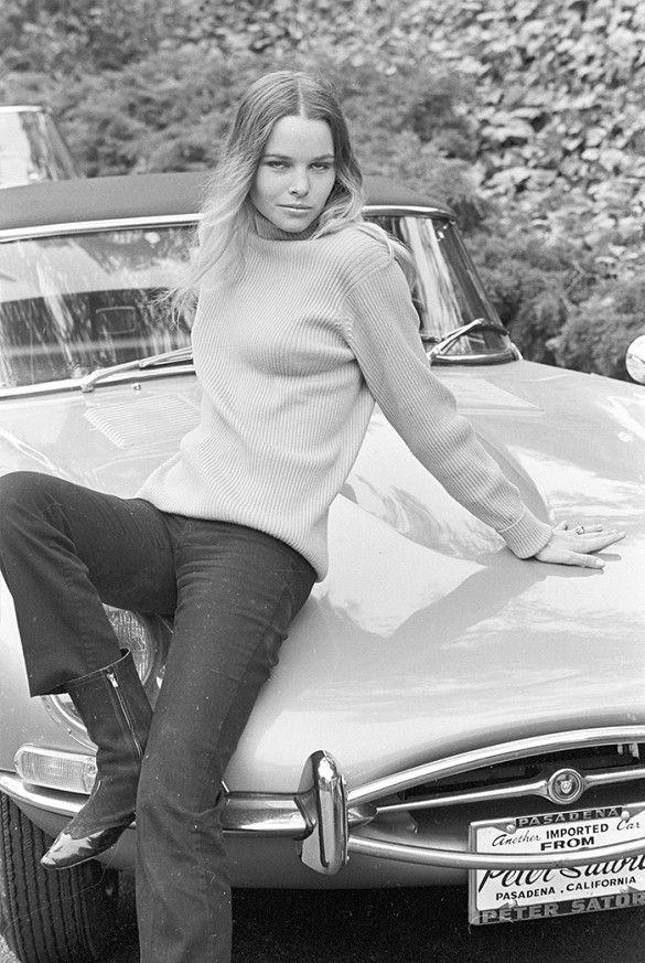 Michelle Phillips of The Mamas and Papas rocks a cozy turtleneck.