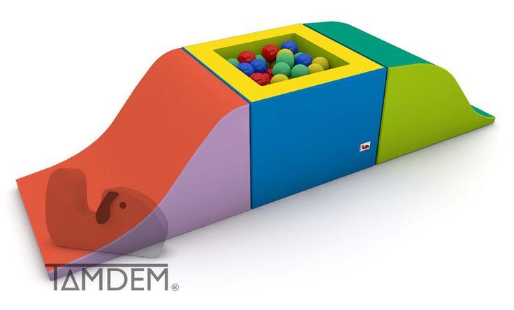 Set básico de gateo compuesto por dos modelos a elegir, los cuales desarrollarán positivamente las actividades naturales de gateo y descubrimiento de objetos, estimulando la función tónica y la ubicación en el espacio.  Dos versiones para un mismo fin: desarrollar en los miembros del bebé el tono muscular.  Medidas comunes para los dos modelos montadas las piezas en el suelo: 150 x 50 x 25 cm   Medidas plegado: 1 m de alto x 50 cm x 50 cm  Velcros de unión en la base de las piezas