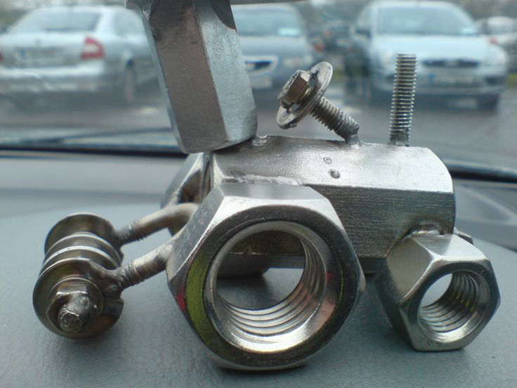 scrap nuts and bolts