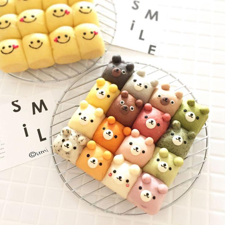"""4,947 Likes, 99 Comments - うみ * umi (@umi0407) on Instagram: """"・16匹16色なクマさんの #ちぎりパン ・#スマイル の #ちぎりぱん * 1番好きな色は 赤 ♡ * * 昨日今日と楽しく可愛いらしい方々と一緒にパン作り♪ とっても楽しかったです…"""""""