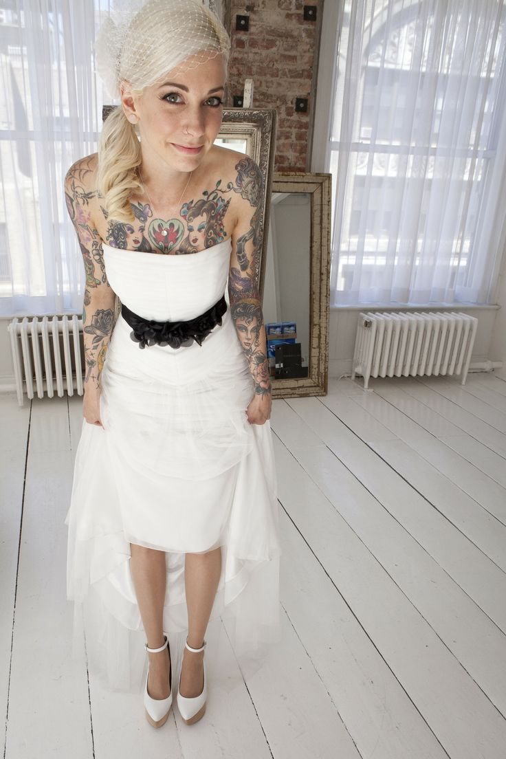 2019 year look- Dresses Wedding for girls with tattoos