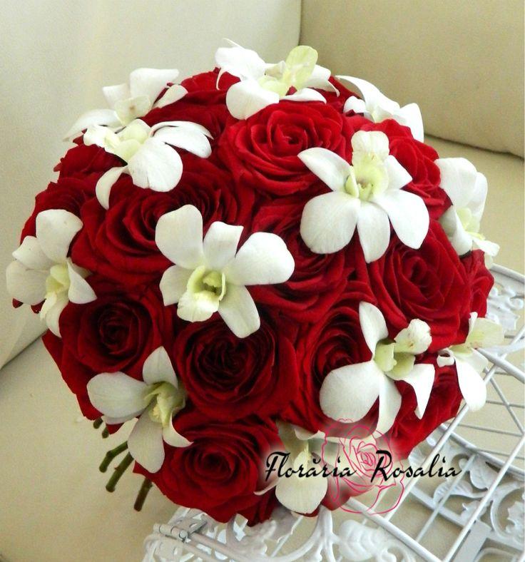 Buchet mireasa trandafiri cu orhidee