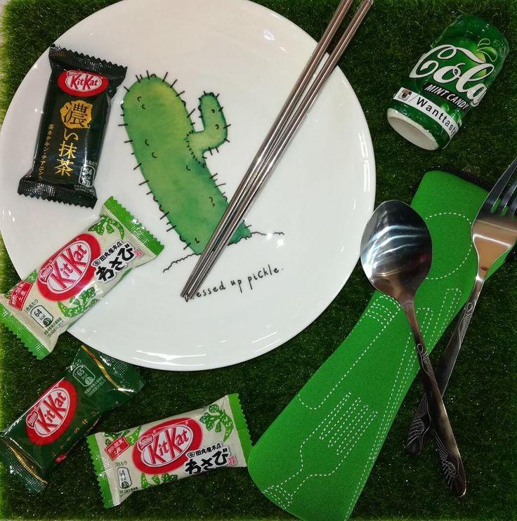 Мятные конфетки в банке 49р Набор приборов в чехле 490р Тарелочка кактус 749р Шоколад Kit kat васаби 129р Шоколад Kit kat зеленый чай 65р #wanttasty