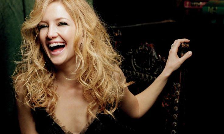 Все женщины смеются по-разному, потому что у каждой из них разный характер. Ее смех поможет мужчине выбрать стратегию в собственном поведении с женщиной! Так что, если вы рассмешили выбранную вами женщину (желательно, несколько раз – это для точности эксперимента), то приоткрыли важную часть ее характера и сексуального темперамента. Громкий, звонкий смех У такой женщины почти […]
