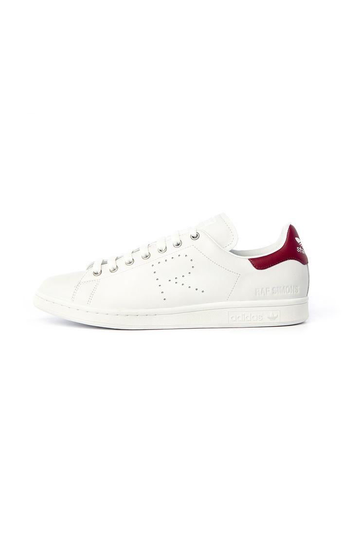 Raf Simons tasarımları ile Adidas 2016 yaz koleksiyonu #white #rafsimons # adidas #allinwhite