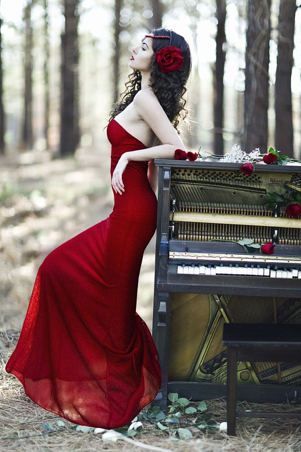 "wrd500px: ""piano8 by Sarah Stiles """
