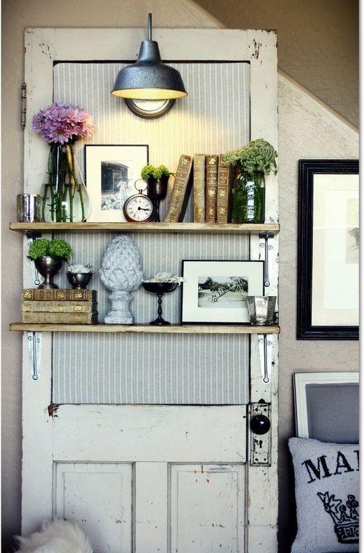 riutilizzare vecchie porte in stile shabby chic libreria